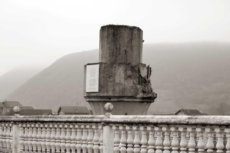Sanski Most, Došci-Gornji Kamengrad – Porušena džamija